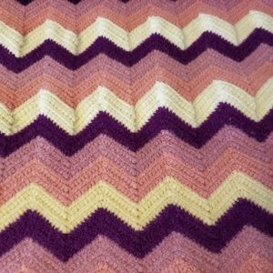 Vintage Hand Made Afghan Throw Blanket Pink Purple